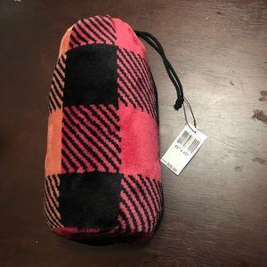 Vera Bradley Buffalo Check Pet Blanket in Bag